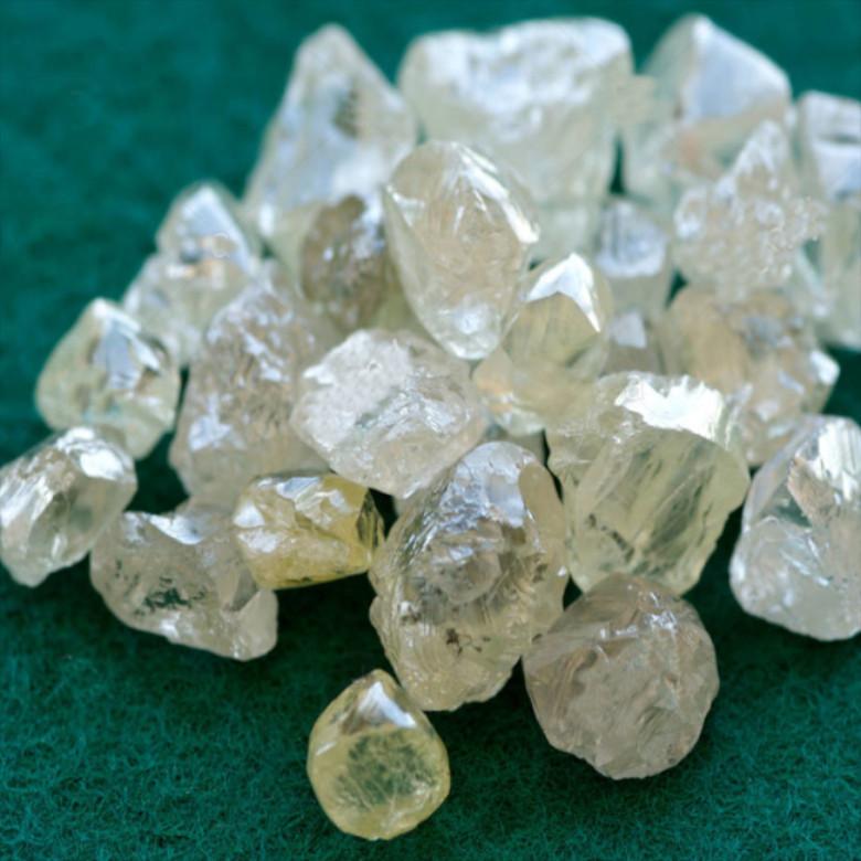 Compro-vendo- gioielli- diamanti-argento-orologi-pietre-preziose-aste-torino-pagamento-immediato-valutazione-gratuita-quotazioni-contanti