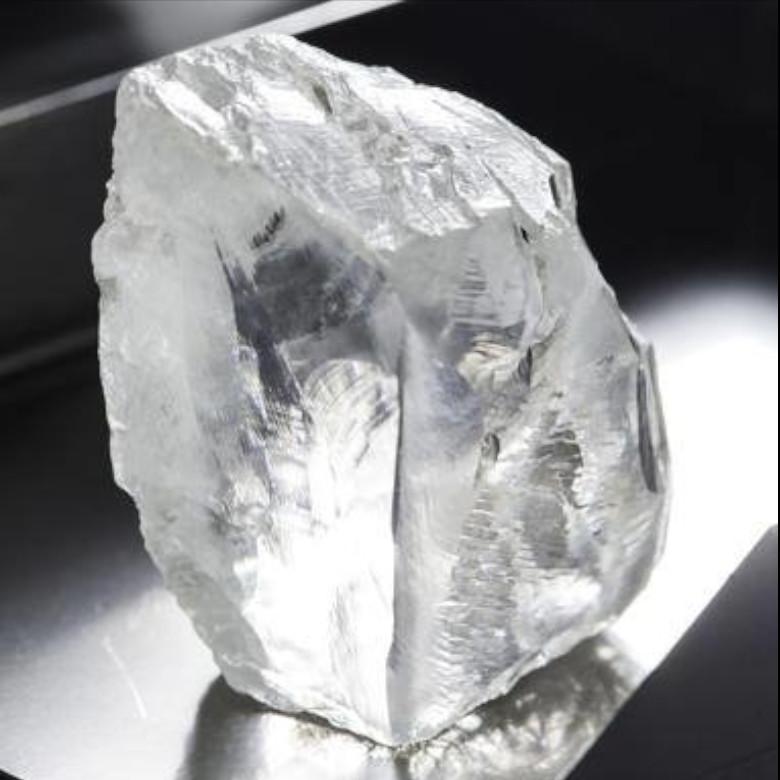 vendo-Compro-oro-torino-gemme-perle-pagamento-immediato-valutazione-gratuita-quotazioni-contanti- vendo- gioielli- diamanti-argento-orologi-pietre-preziose-aste