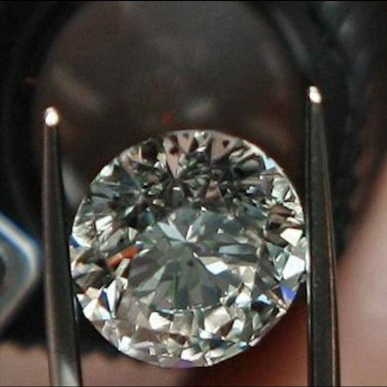 Compro-vendo- gioielli- diamanti-argento-orologi-pietre-preziose-aste-torino-pagamento-immediato-valutazione-gratuita-quotazioni-contanti-solitario-anelli