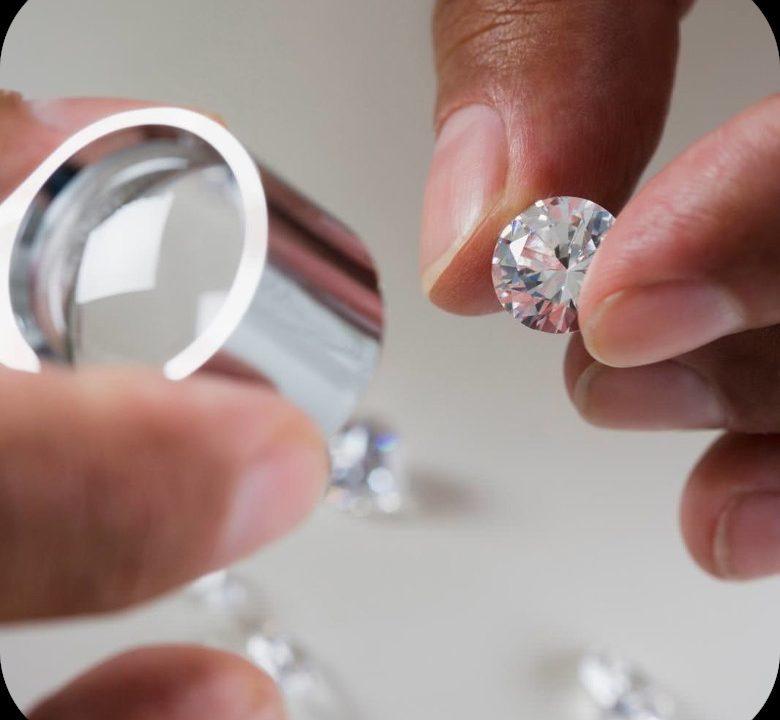 Perito-gioielli-anelli-prietre-naturali-orologi-preziosi-aste-oro-torino-compro-acquisto-vendo